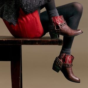 Sam Edelman Red & Brown Studded Cowboy booties